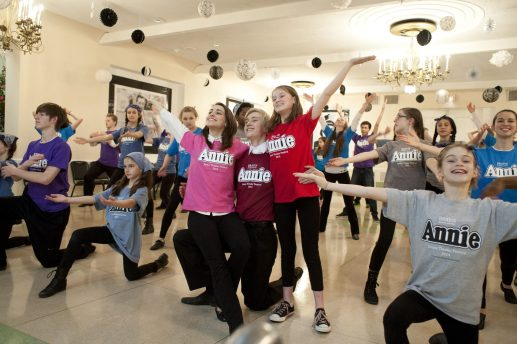 Fifty actors in the BRAVO program performed Monday night for residents at the Oak Park Arms. (DAVID PIERINI/Staff Photographer)