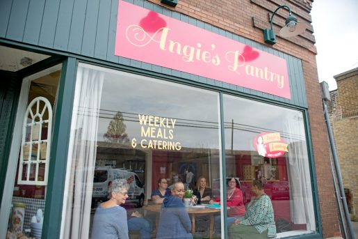 HEALTHY CHALLENGE: Angie's Pantry is located near the intersection of Oak Park Avenue and South Boulevard. | Photo by Alexa Rogals