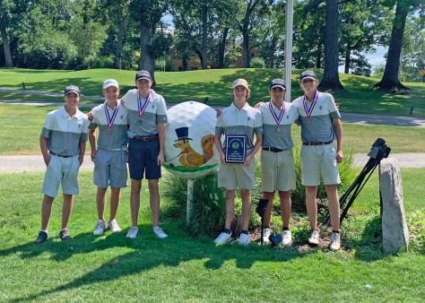 Fenwick golfers David Hoban, Jackson Schaeffer, Jake Wiktor, Brad Domke, Clark Davis and Jake Owens led the Friars to the St. Laurence Invite title in their season opener. (Courtesy FenwickAD/Twitter)