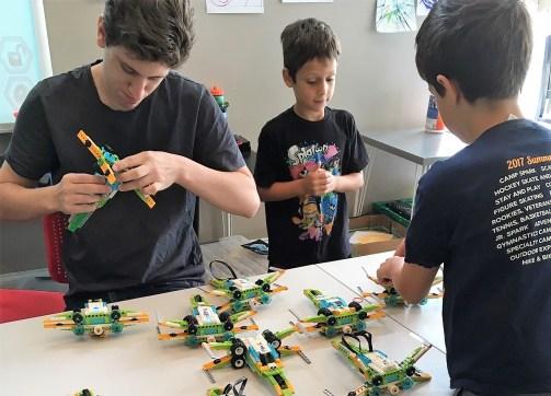 Heath, Code Play Learn's main instructor, teaching LEGO Robotics.