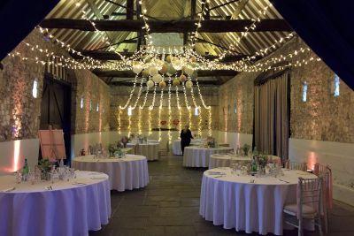 monks barn wedding lighting oakwood