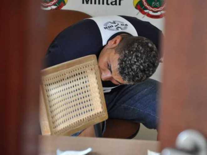 Ex-marido bateu contra a traseira da motocicleta causando a morte instantanêa de Emerson de Andrade/Fotos: Selmo Melo