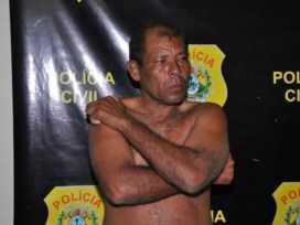 Paulo Pombo Silva foi prenso portando cartões de benefício de terceiros, notas promissórias e até, uma carteira parecida à que usam os agentes/Foto: Selmo Melo