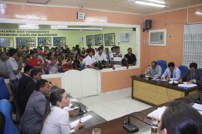 Sessão contou com uma grande presença de militantes e populares lotando a plenária - Fotos: Alexandre Lima