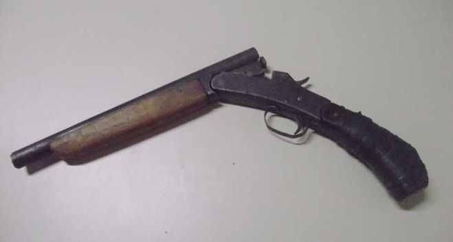Arma usada para tirar a vida de Isais da Silva neste final de semana - Foto: Alexandre Lima