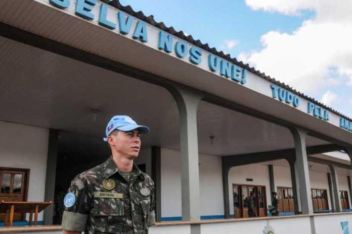 Comandante da missão no Acre, capitão Kosciureski (Foto: Arison Jardim/Secom)