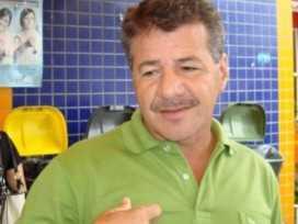 Vagner Sales retorna ao cargo de prefeito de Cruzeiro do Sul