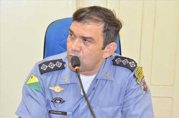 Comandante do 10º Batalhão da Polícia Militar, Capitão Estene Barbosa Teixeira, participou da 18º Sessão em Brasiléia - Foto: Assessoria