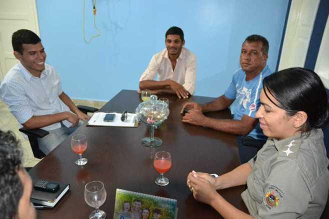 Reunião com Detran PM Ciatra e Chapas para retirada das Carretas em 10 de junho de 2013 fotos Wesley Cardoso (7)