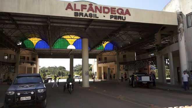 Uma equipe da Coordenação Nacional de Administração Aduaneira esteve no Acre para conhecer a realidade local (Foto: Gleilson Miranda/Secom)