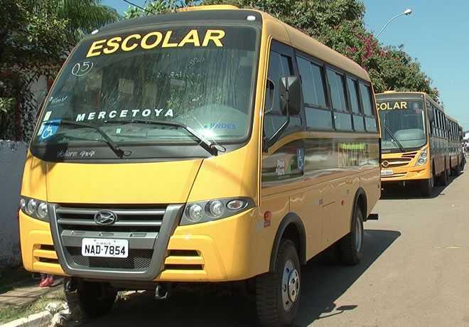 Pouco mais de 20 veículos foram entregues na regional do Alto Acre.