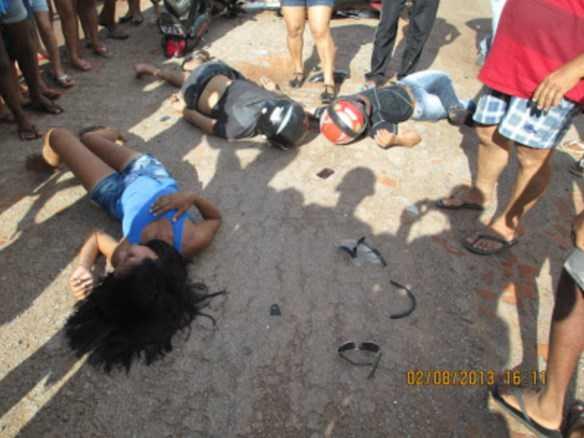 Vereadora de Feijó diz que as vítimas agonizaram no chão por várias horas à espera de uma ambulância