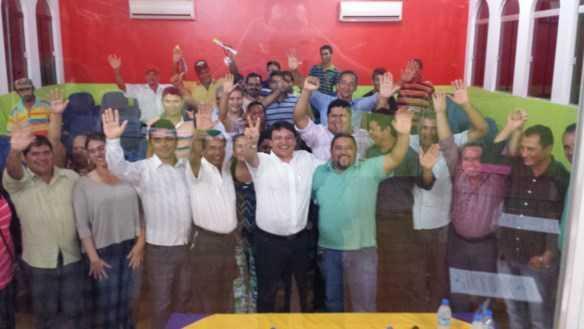Dezenas de lideranças políticas de Plácido de Castro participaram da reunião no município
