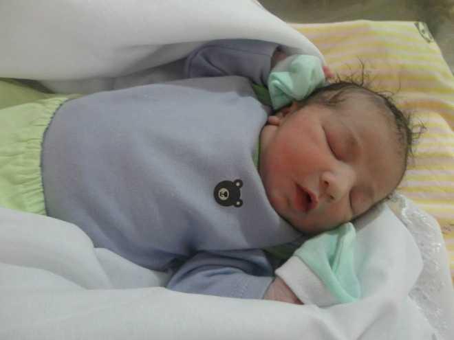 Henrique, filho de Letícia Abreu e Heitor Marcel, chegou!!