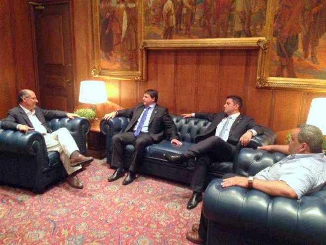 Gladson acompanhou Bittar na visita e reforçou a necessidade de valorização da Amazônia