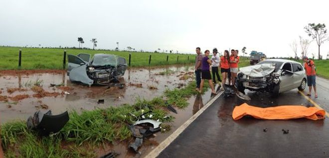 Autoridades estão investigando a causa real que levou os dois veículos se chocarem de frente - Fotos: Sara Dayane/cedida