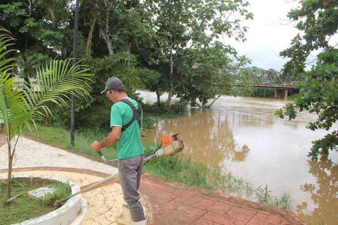 Rio Acre está na cota de alerta e autoridades estão em alerta - Foto: Alexandre Lima