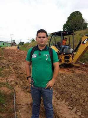 O empresário Grandi Almeida, recuperou por conta própria a rua para não deixar meu carro exposto aos vândalos