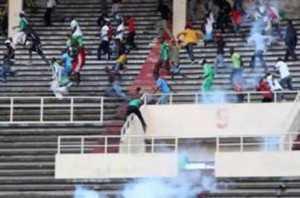 Violência no Congo deixa pelo menos 15 mortos em jogo de futebol Reprodução