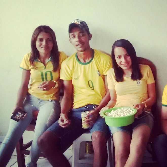 Acreanos no Mato Grosso (MT) torceram juntos pela Seleção Brasileira