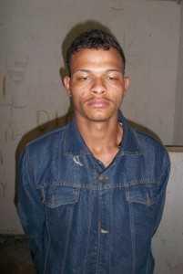 """Irisaldo de Lima Silva, o """"Fedorento"""", foi preso em flagrante"""