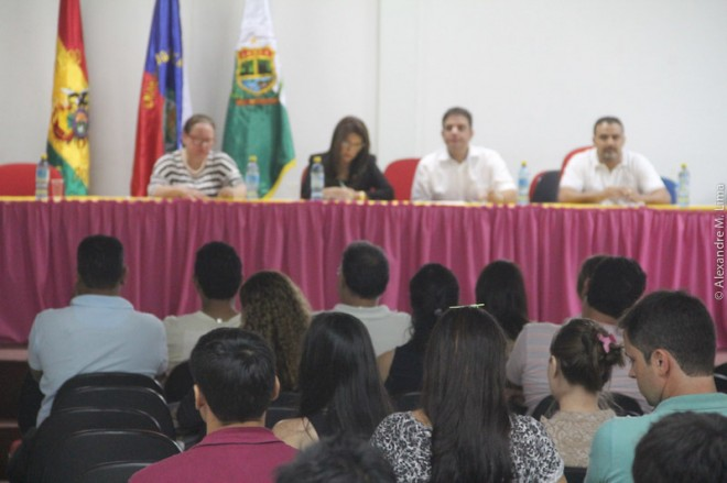 Acadêmicos querem mais atenção do governo brasileiro