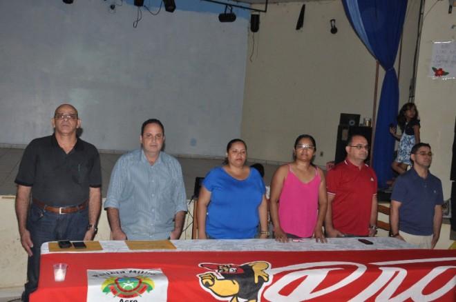 Convidados durante evento de formatura.