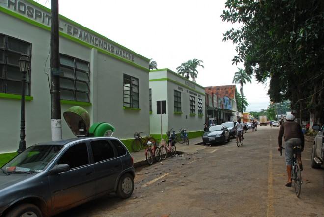 Hospital de Xapuri enfrenta sérios problema de infraestrutura.