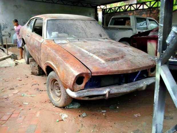 Segundo o cabeleleiro, este foi o primeiro modelo a chegar em Cruzeiro do Sul (Foto: Jerry Lee/Arquivo pessoal)