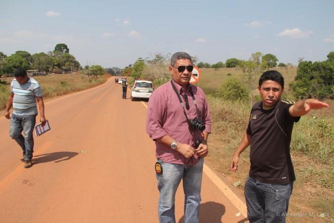 José Ribamar, o motorista, ficou no local para prestar esclarecimentos às autoridades - Foto: Alexandre Lima