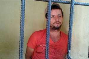 O veículo foi levado por Clebson que foi preso na Bolívia.