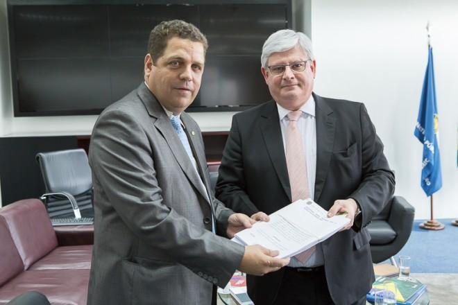 Rocha pede que Procuradoria Geral da República investigue irregularidades na BR-364