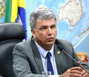 Senador Sérgio Petecão