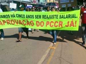 Servidores deflagraram greve no último dia 15 (Foto: Alzemir Ribeiro/Arquivo Pessoal)