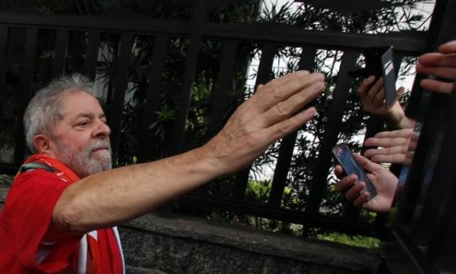Lula, horas antes das manifestações de domingo em São Bernardo do Campo: depoimento foi à PF no último dia 4 - Edilson Dantas / Agência O Globo