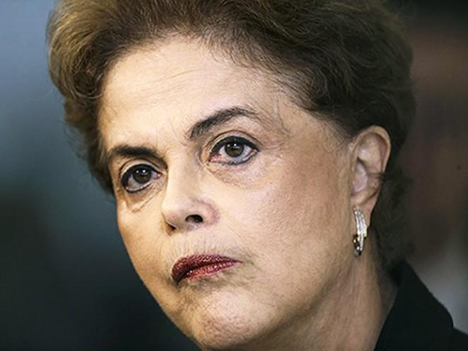 Presidente Dilma Rousseff, durante coletiva de imprensa em Brasília (DF), nesta quarta-feira (16)(Ueslei Marcelino/Reuters)