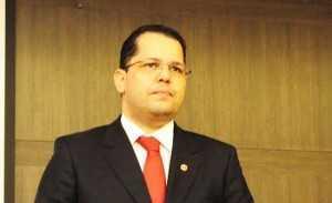 A denúncia da OAB é subscrita pelo relator do processo no Conselho Federal, Erick Venâncio Lima
