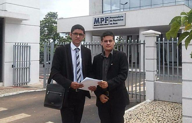 Advogados protocolaram na manhã desta quinta-feira petição no Ministério Público Federal