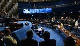 Segundo pesquisa, 33% dos brasileiros consideram que os senadores são mais bem preparados do que os deputados para avaliar o processo de impeachment da presidenta Dilma RousseffFabio Rodrigues Pozzebom/Agência Brasil