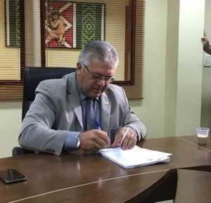 Nelson Sales assina pedido de 'CPI da BR'