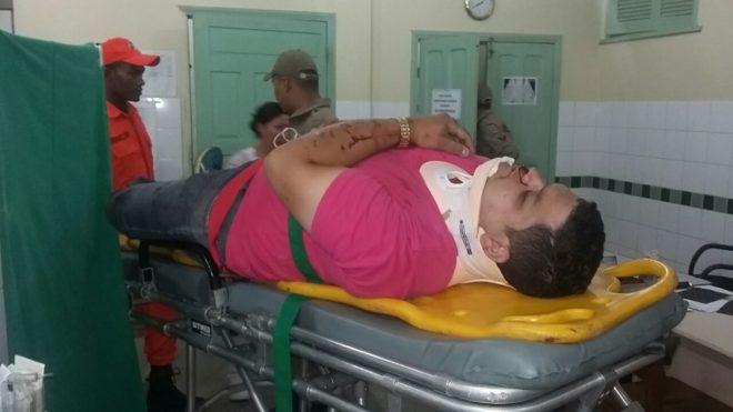 Derick reclamava de dores na cabeça após o choque - Foto: Almir Andrade