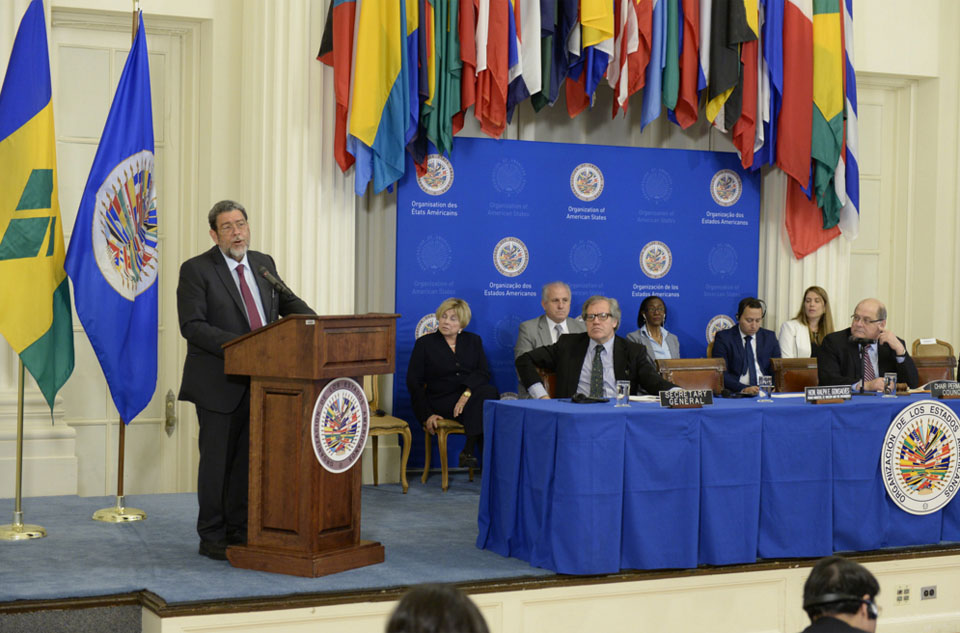 Prime Minister Gonsalves explains to the OAS member states CARICOM's claim against Great Britain, France, and the Netherlands for the native genocide and the African slave trade.