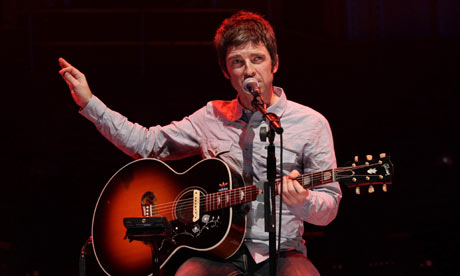 Noel-Gallagher-live-in-Lo-001