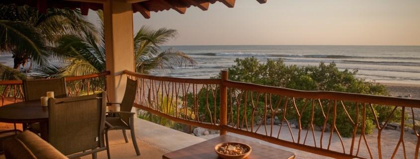 Casa Oasis Troncones beachfront penthouse flat