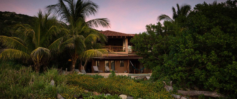 Casa Oasis Troncones beachfront vacation rental