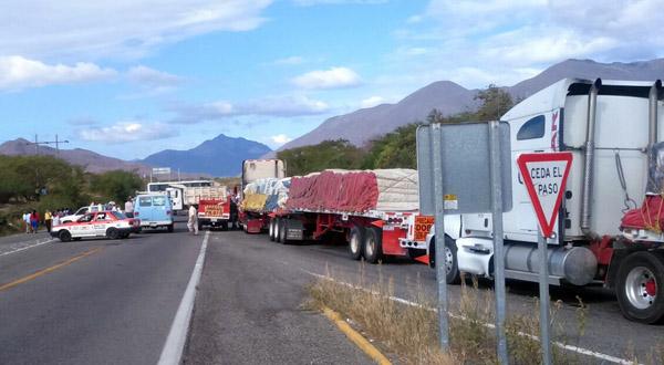 Bloqueos carreteros, un cáncer en el Istmo