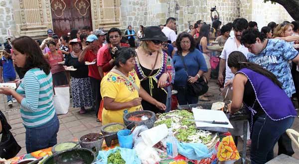 Reconocen práctica ejemplar de Oaxaca de Juárezen promoción de la cultura