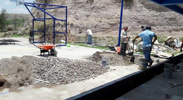 Remodelan la Facultad de Enfermería en Huajuapan
