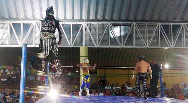 Se prende el cuadrilátero con el regreso de la AAA en Huajuapan