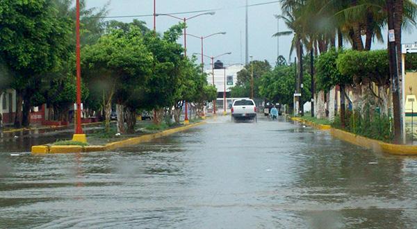 Piden extremar precaución por lluvias acompañados de vientos
